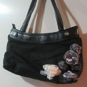 Thirty One Skirt Purse w/Black Floral Design